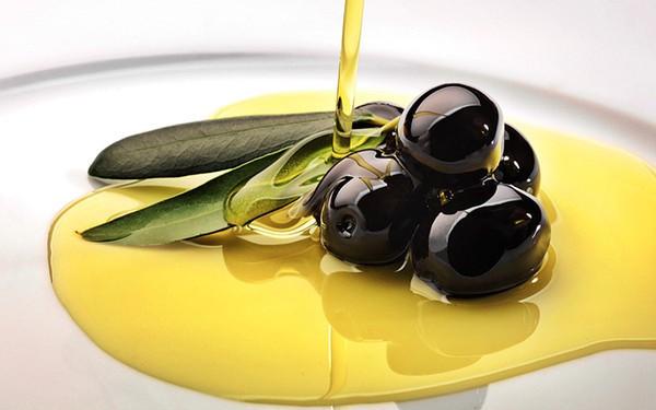huile d'olive noire