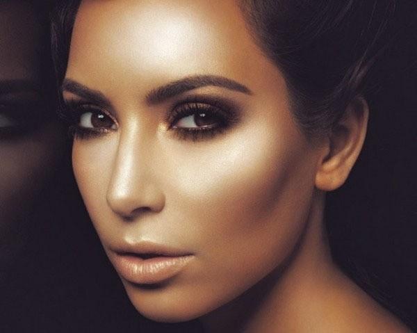 kim Kardashian, on copie son contouring