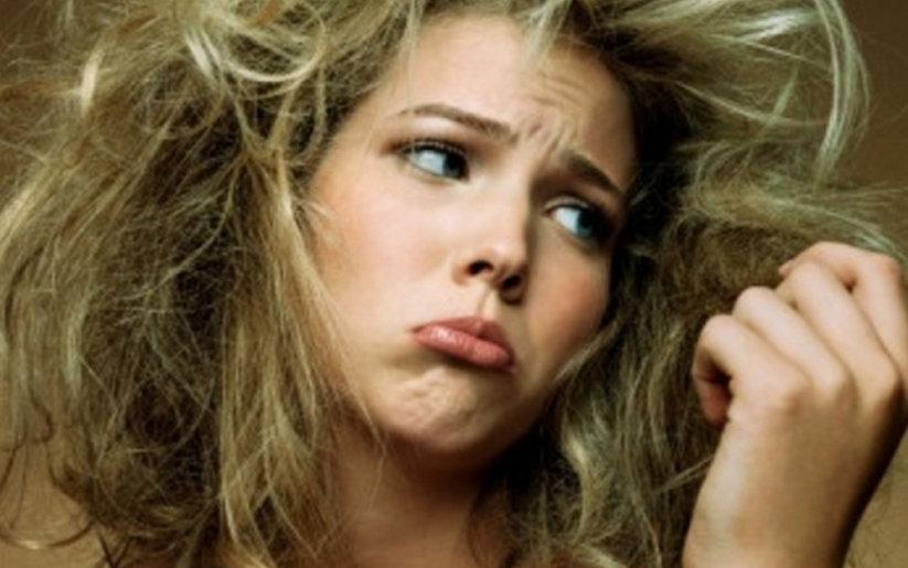 femme-avec-cheveux-secs