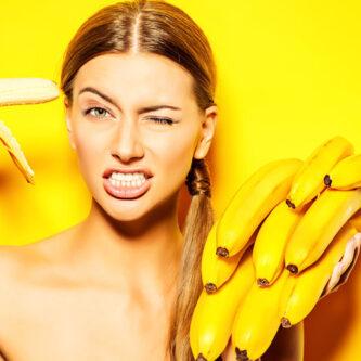 Masque hydratant visage maison à la banane, l'avocat et au miel