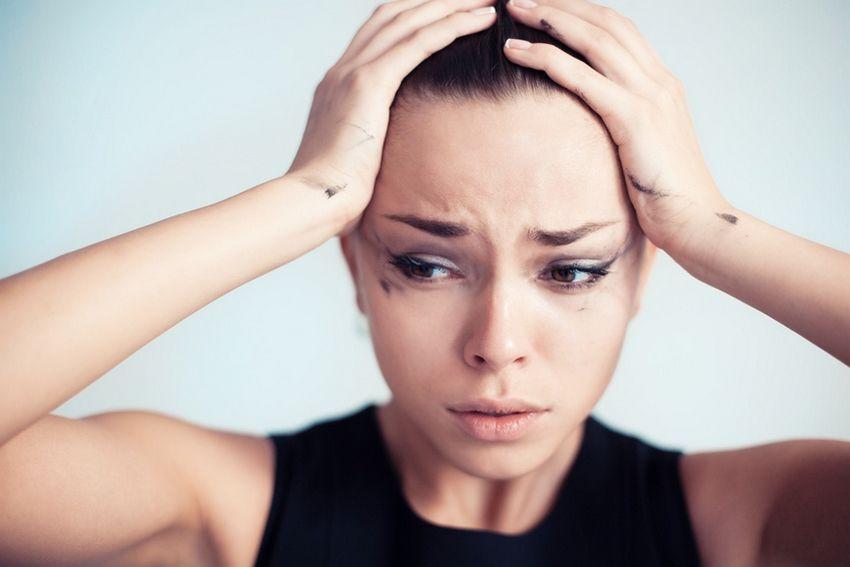 Les erreurs maquillage qui nous donnent un air fatigué