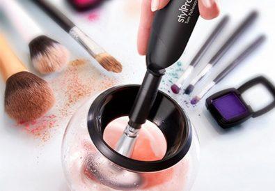 StylPro : Appareil pour nettoyer en 20 secondes ses pinceaux de maquillage