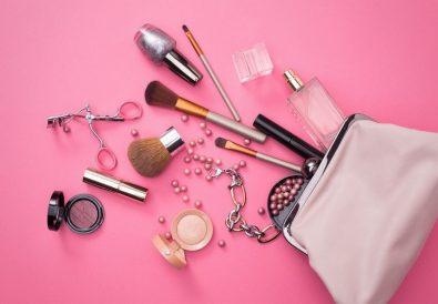 Les indispensables dans sa trousse de maquillage