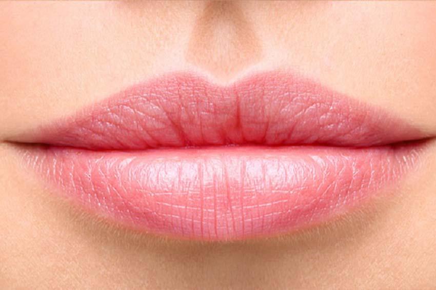 Comment maquiller les lèvres fines