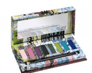 Maquiller les yeux marrons : Urban Decay Basquiat x UD