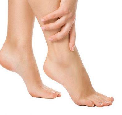 talons crevassés: les remèdes pour soulager vos pieds