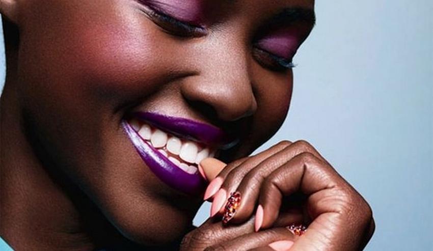 Rouges à lèvres pour peau noire: les bonnes couleurs La