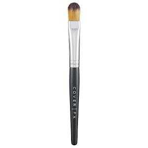 Pinceaux à maquillage : Pinceau pour le correcteur