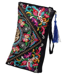idées cadeaux Beauté à moins de 10 euros : sac à main pochette