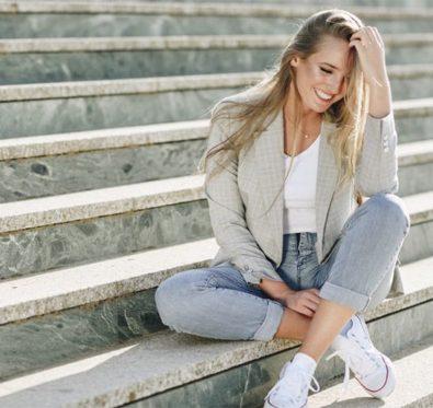 Maquillage pour les blondes les conseils de La Loge Beauté