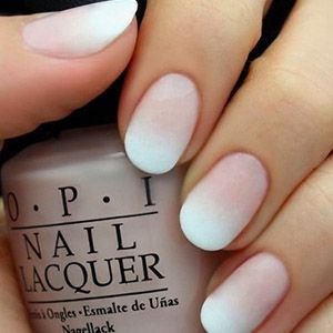 forme d'ongle: ongles ovales