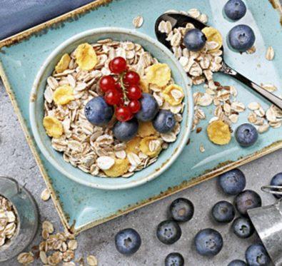 Un bol de son d'avoine au petit-déjeuner aiderait à mincir