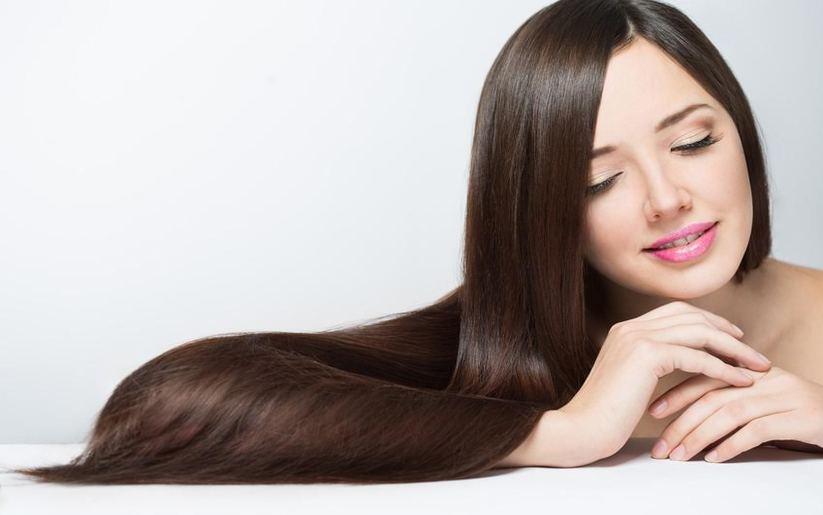 5 astuces pour avoir les cheveux brillants, en toute circonstance !