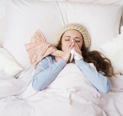 Nez bouché : quelques astuces pour réussir à trouver le sommeil