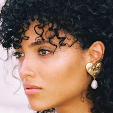 Cheveux afro curly