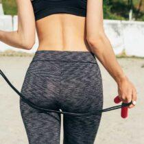 maigrir des hanches : bye bye les poignées d'amour