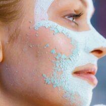 L'argile pour l'acné : à moi la peau de bébé !