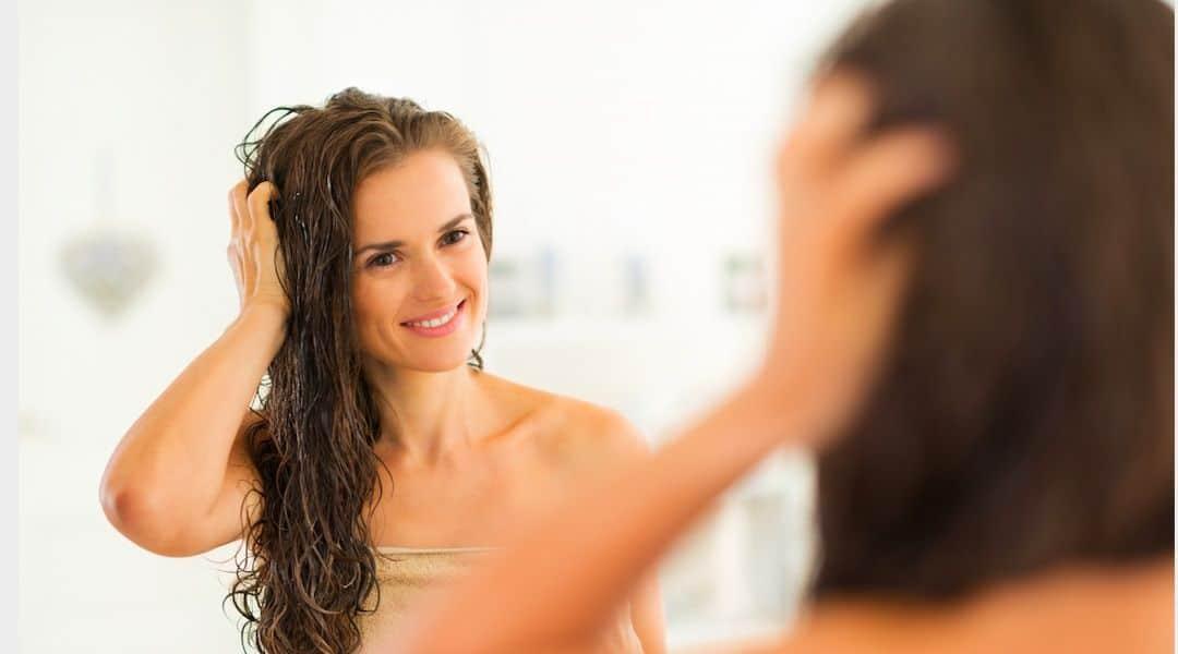 Masque cheveux abîmés : comment dire bye-bye aux fourches ?