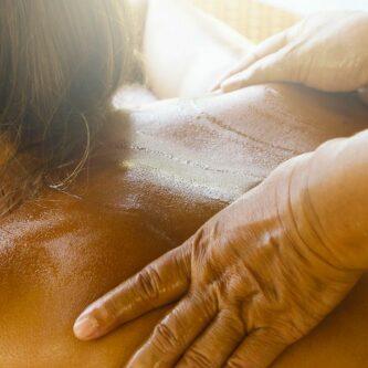 Le massage thaïlandais, idéal pour se relaxer en profondeur !