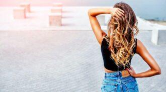 Les différentes astuces à connaître pour accélérer la pousse des cheveux