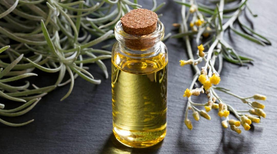 À la découverte des pouvoirs de l'huile essentielle d'immortelle !