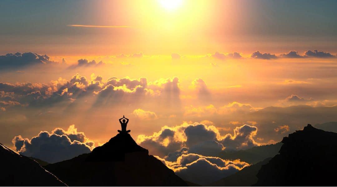 Une cure de yoga-méditation et Panchakarma à Rishikesh, au pied de l'Himalaya, ça vous tente ?