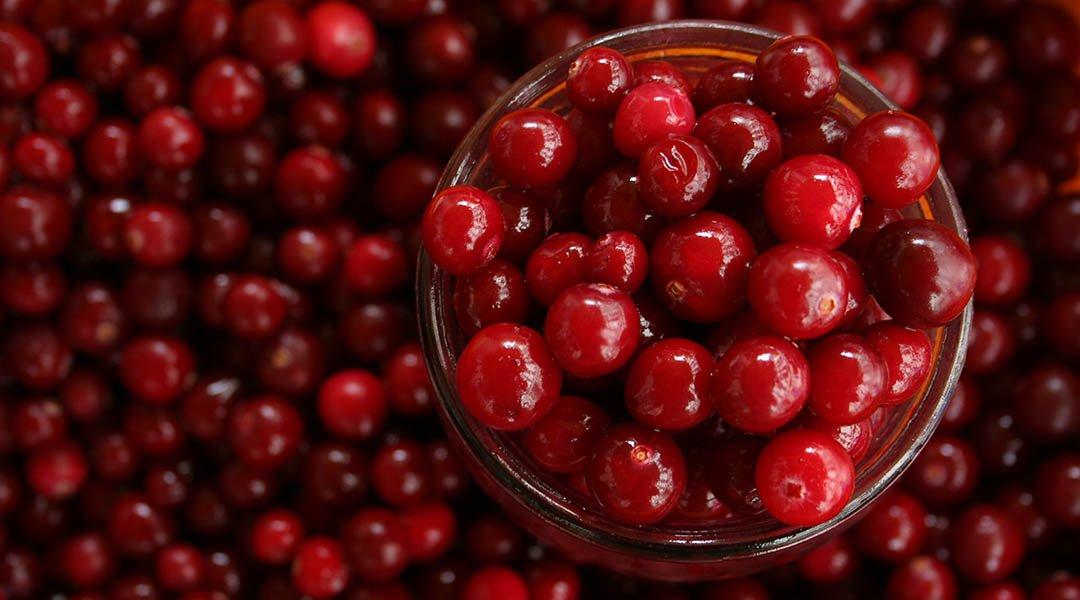 jus de cranberry contre les taches pigmentaires