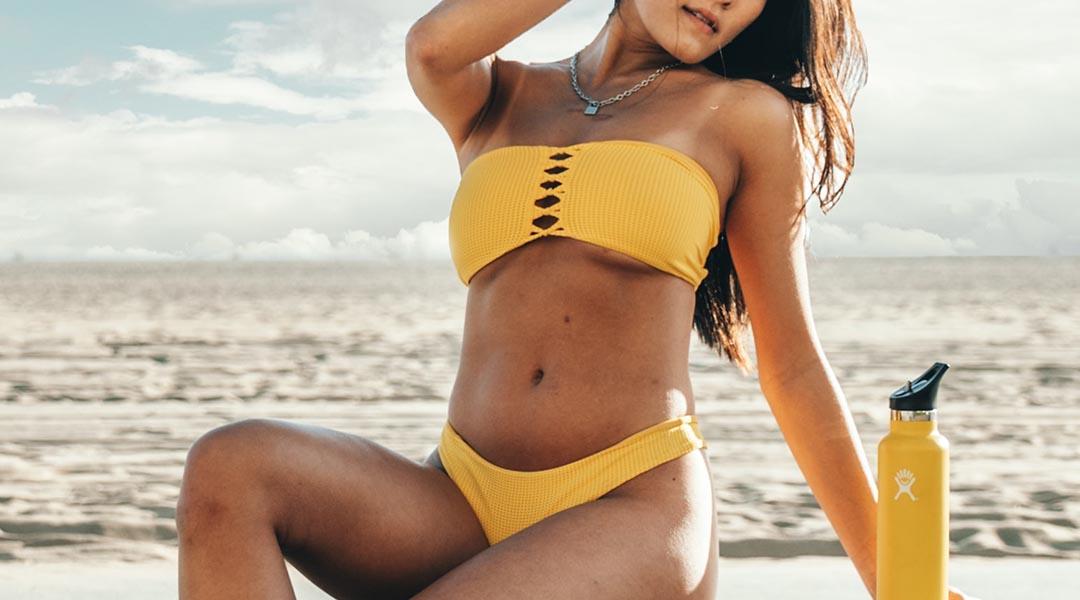fille a la plage