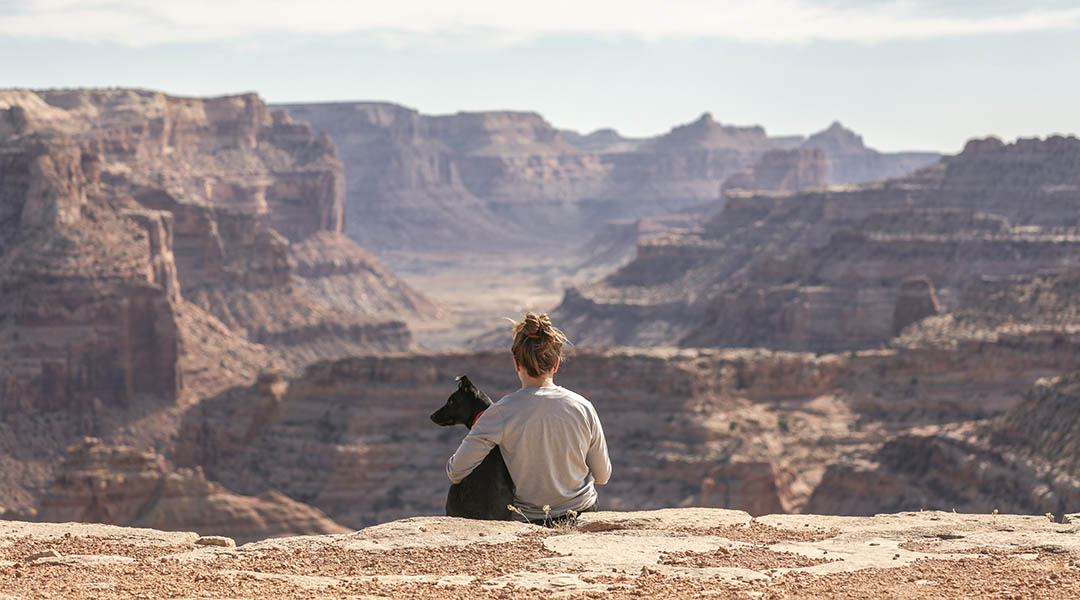 Femme et son chien a Hunter Valley