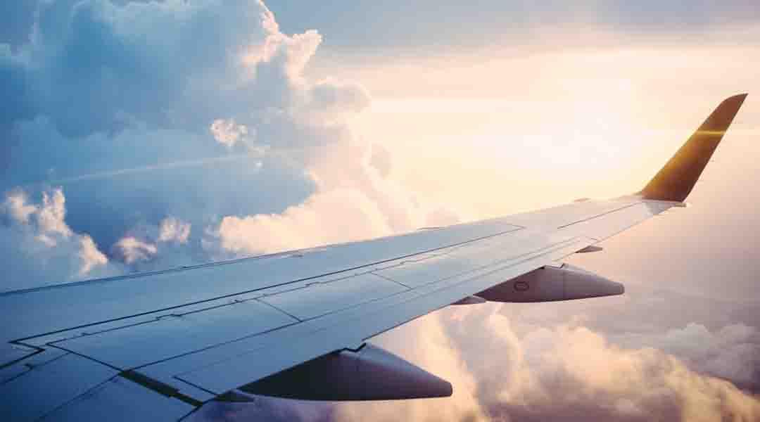 Vue du ciel à bord d'un avion
