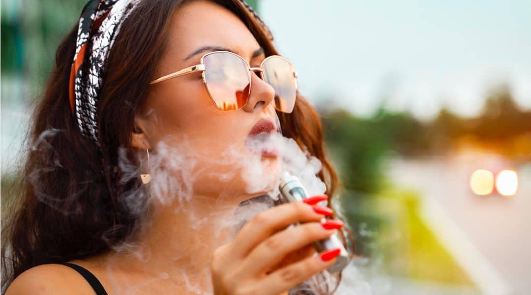 5 bonnes raisons d'offrir une cigarette électronique à un ami fumeur !