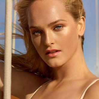 Les beiges summer of glow Chanel