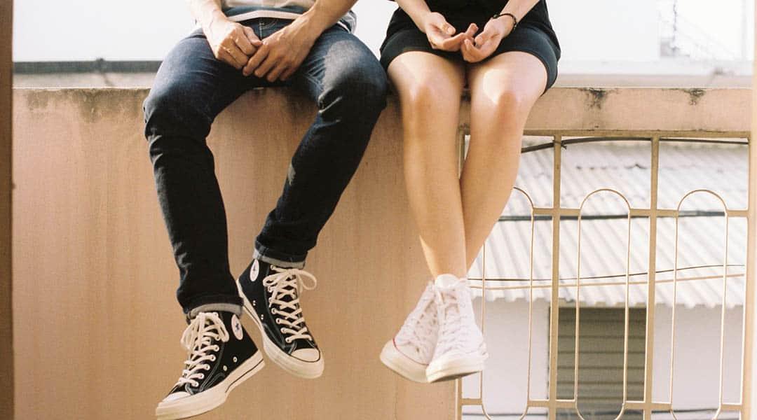 jambes d'homme et femme